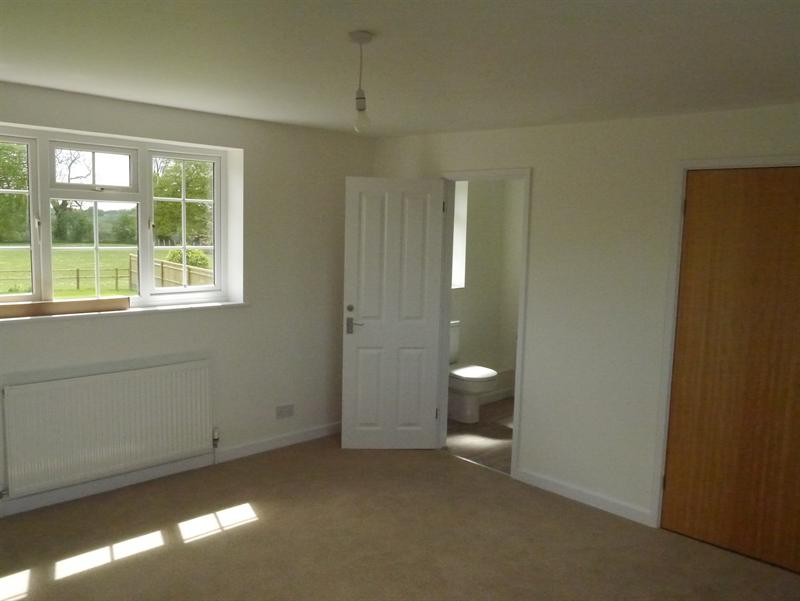 Mid Terrace House Replace Dinning Room With Garage